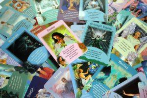 Engelkarten legen und inspirieren lassen